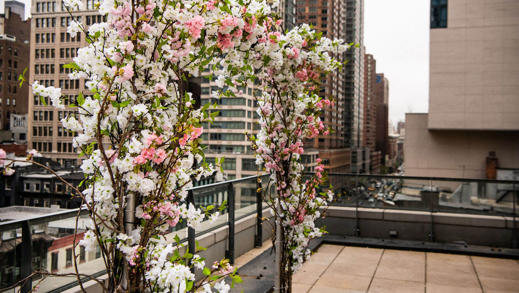 wedding packages nyc - Alter archway made of flowers
